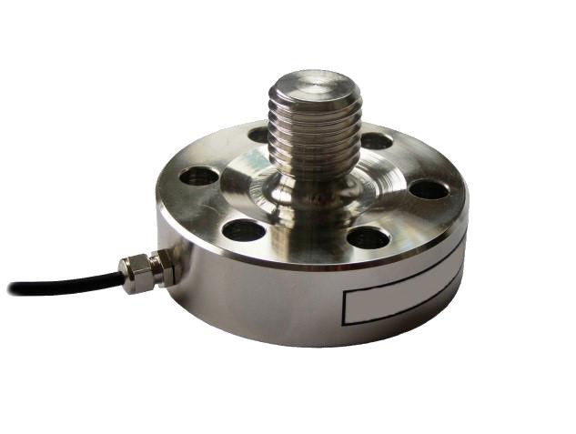 MCF41 - je univerzální membránový snímač se zabudovaným převodníkem, pro měření v tahu i tlaku. Při napájecím napětí 24V DC disponuje napěťovým nebo proudovým výstupem a rozsahy od 1kN do 50 kN. Je použitelný v průmyslu, zkušebnictví, laboratorních měřeních, atd.